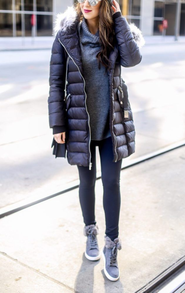 Puffer Coat and Grey Sweater. How to Style a Winter Puffer Coat. #puffercoat #coat #wintercoat #capsulewardrobe #athleisure #casualoutfits Casual Outfits. Athletic Outfits. Grey Sweater.
