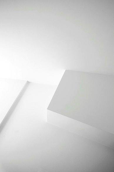 White Walls _
