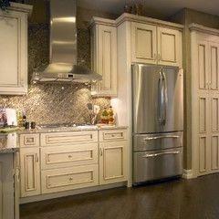 22 best Yorktowne Cabinets images on Pinterest | Kitchen cabinets ...