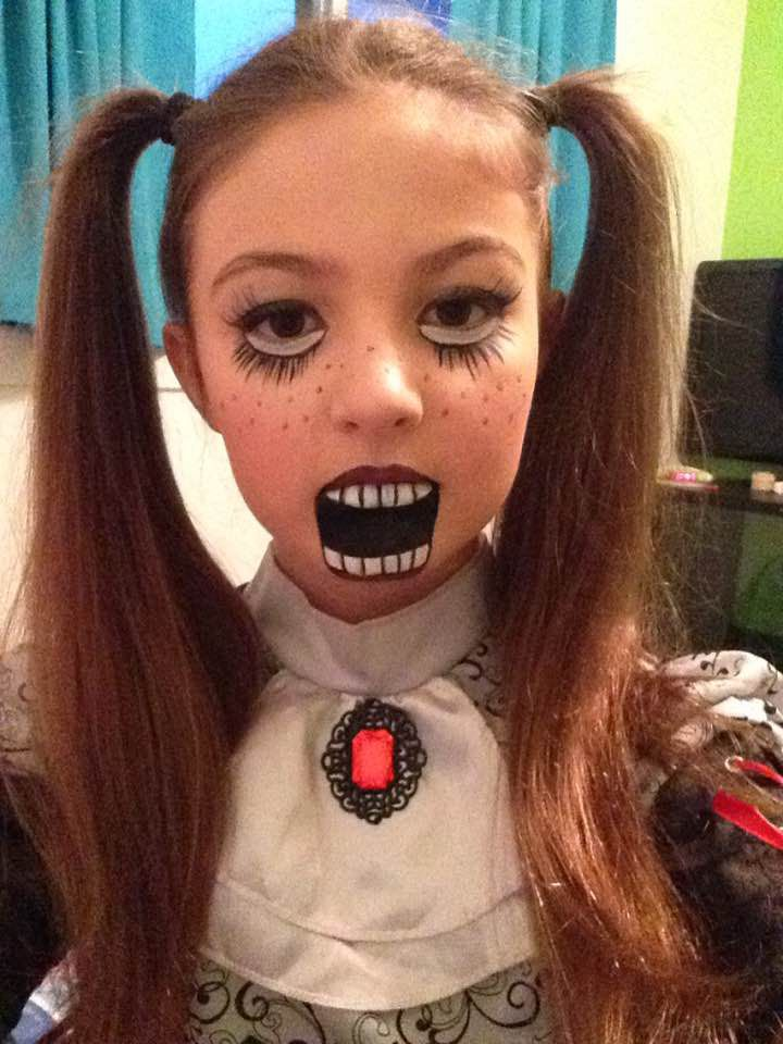 My daughter was a marionette for Halloween. Now I'm afraid to sleep. - Imgur