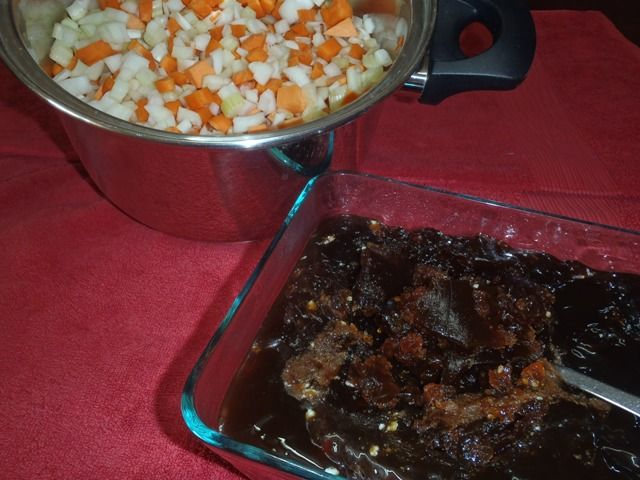(Not-hard-at-all) Beef Bone Broth