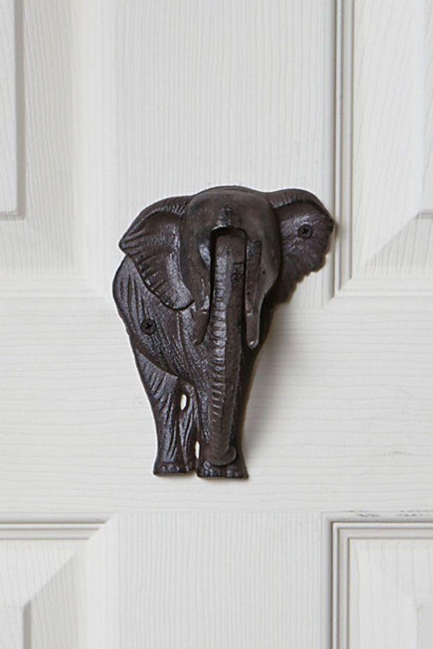 Elephant door knocker elephants pinterest door knockers doors and elephants - Elephant door knocker ...