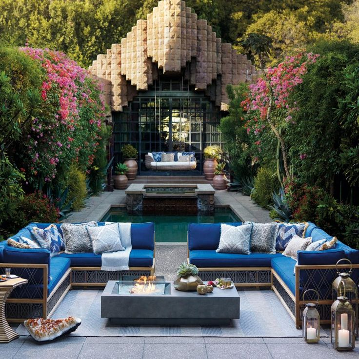 Group your seating around an outdoor fire