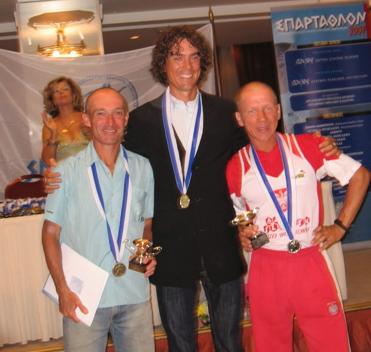 Scott Jurek, ultra runner is my hero! Back in 2007, he won Spartathlon: a 246 kilometre (152.85 miles) ultramarathon race held in Greece since 1983 between Athens and Sparta.