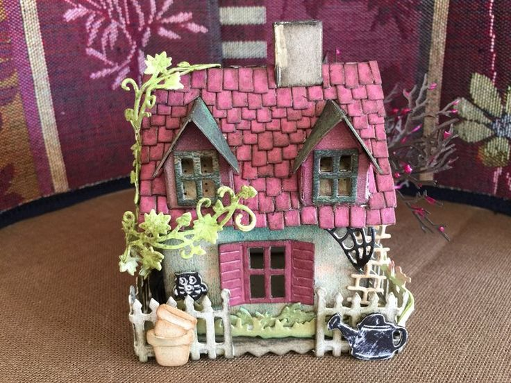 Tim Holtz Village Dwelling
