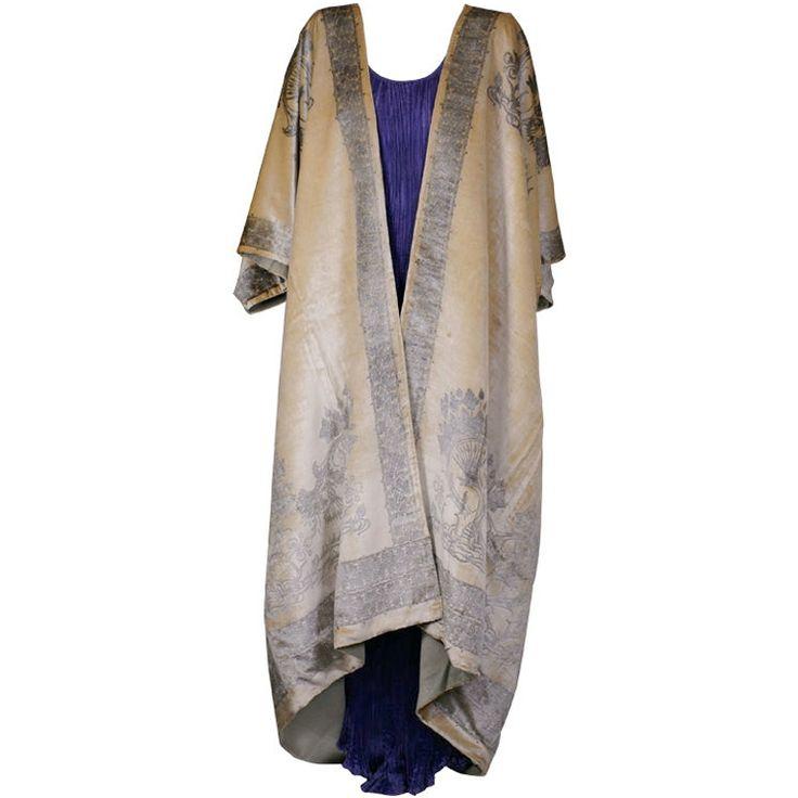 Fortuny Banana Stencilled Velvet Coat, Provenance Tina Chow.