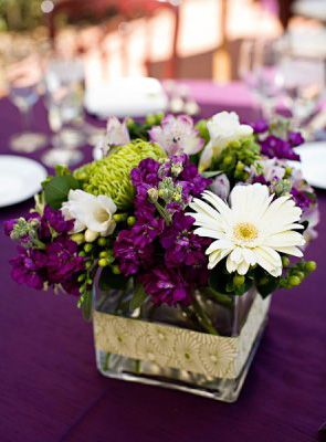 centerpieces purple and lime: Centerpiece Ideas, Centerpieces Ideas, Purple Centerpiece, Floral Centerpieces, Flowers Centerpieces, Colors, Purple Flowers, Wedding Centerpieces, Center Pieces