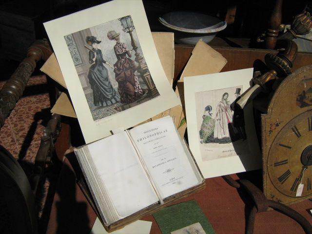 incisioni e stampe antiche, libri antichi, quaderni giornali riviste e tanto altro materiale cartaceo