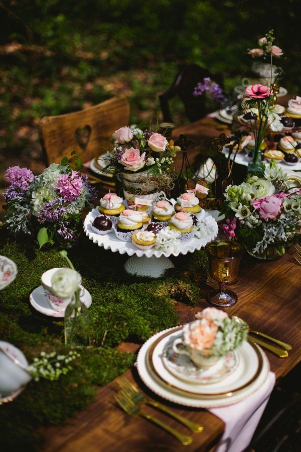 We would love to do an enchanted forest/woodland themed wedding reception.... With just a touch of wicked witch goth ;)