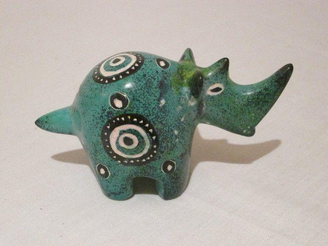 #3--Medium size-Rhino