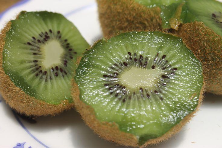 kiwi (fruta exótica)