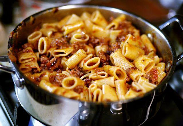 Herbie Likes Spaghetti: Weeknight Quick and Easy Ragu: Mezzi Rigatoni with Sausage and Radicchio
