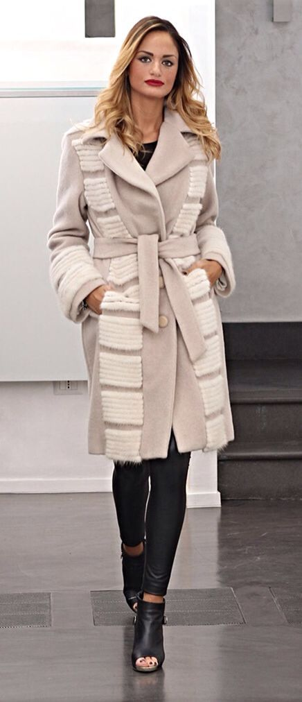 Ivory Cashmere Coat with Pearl Mink Fur Trim