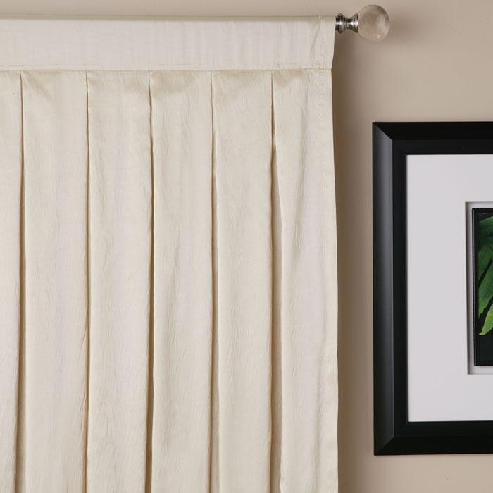 Flat pleat curtain heading soozone - Sistemas para colgar cortinas ...