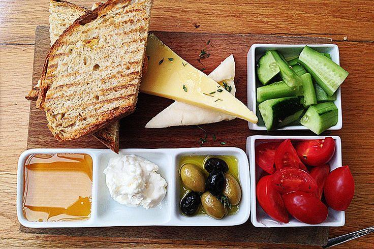 Turkish breakfast at Den Cafe / Nişantaşı İstanbul