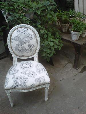 silla luis xv patinada y retapizada