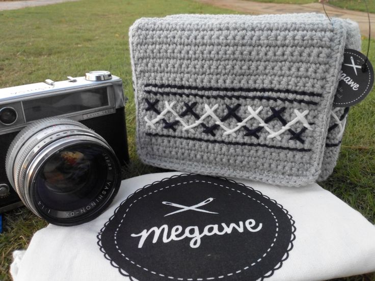 Misty Camera Bag. Color : Grey Dark Blue and White (Pattern) Length : 15 cm Width : 9 cm Heigth : 10 cm  Only idr 195k  For Custom order, Details, and Price please contact :  Line ID : iraapuspit Whatsapp : 085648668490 (text only)  Thank you and Happy Shopping ^.^
