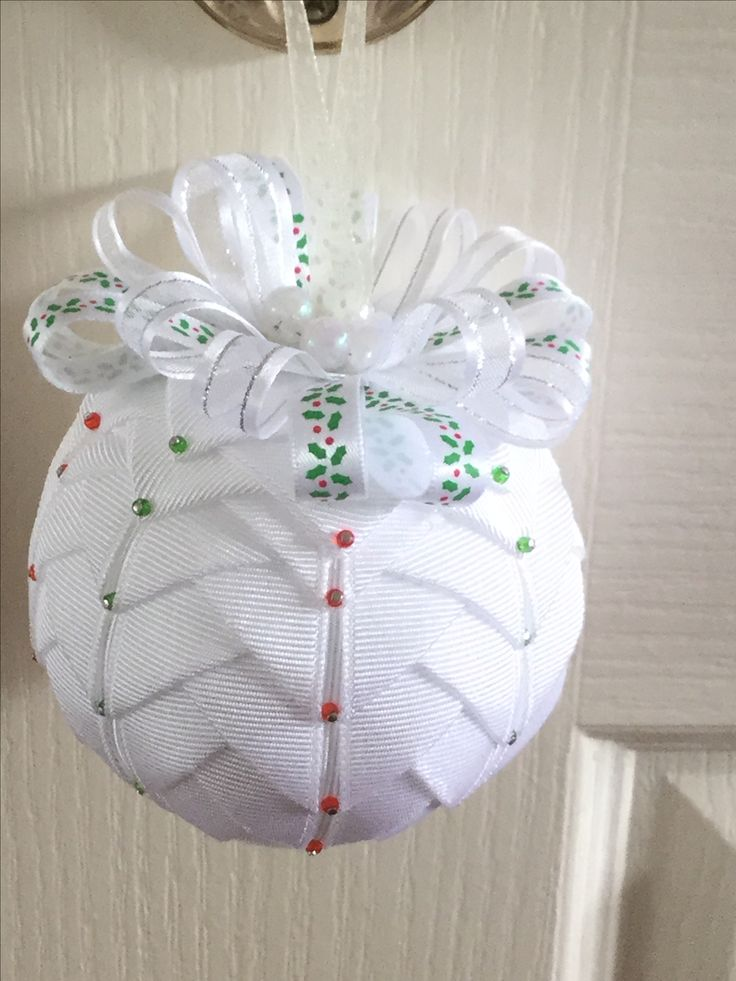 make your own christmas ornaments 1000 images about quilted ornament ideas on 30433