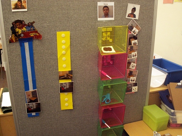 Various Visual Schedules... love the velcro'd bins for the object schedule