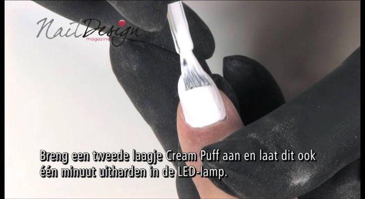 Demonstratie van Nail Design Magazine -  Van een gekleurde French naar een witte French -...