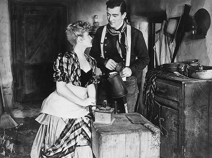 http://classicmoviestills.com/wp-content/uploads/2011/09/Claire-Trevor-and-John-Wayne-in-Stagecoach-1939.jpg