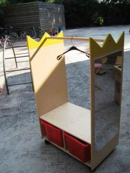 ≥ Kledingrek voor verkleedkleren / poppenhoek, met twee bak - Speelgoed   Overig - Marktplaats.nl