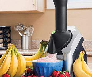 With the healthy ice cream maker you won't have to sacrifice flavor to enjoy a nutritious snack. The ice cream maker instantly turns your favorite fruits into...
