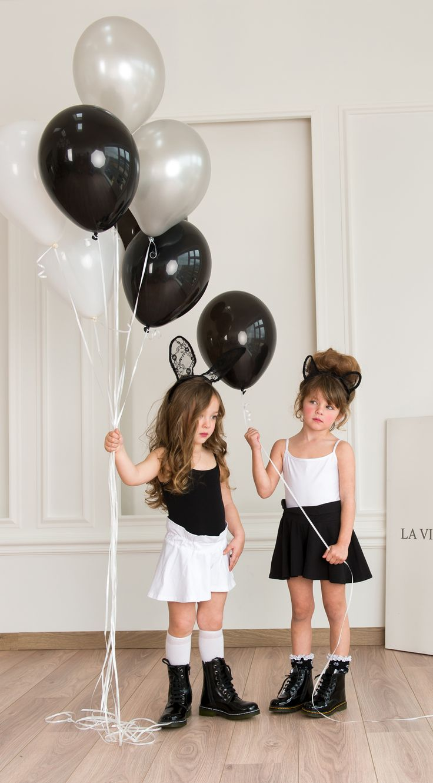 Little girl's casual outfit  #Minisize #SS14 #Spring #Summer #forGirls Body: http://www.minisize-sissychristidou.gr/el/girls/mavro-kormaki-kentima.html http://www.minisize-sissychristidou.gr/el/girls/leuko-kormaki-kentima.html  Shorts: http://www.minisize-sissychristidou.gr/el/girls/mavro-sorts.html http://www.minisize-sissychristidou.gr/el/girls/leuko-sorts.html