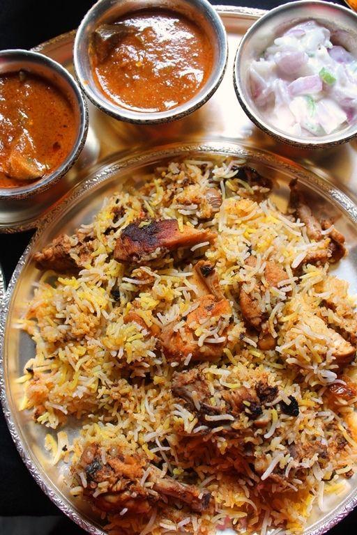 Chicken Dum Biryani Recipe / Restaurant Style Chicken Biryani Recipe