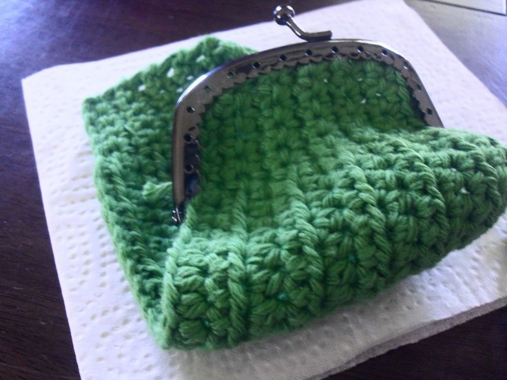 free crochet pattern for coin purse | Now you just sew it into the clasp and sew up the edges.