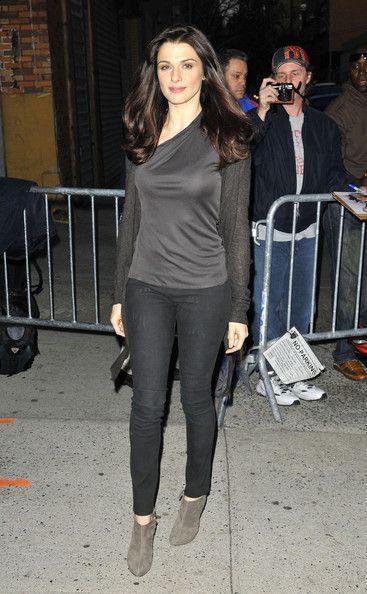 Rachel Weisz style | Rachel Weisz Photos - Rachel Weisz appears on the 'The Daily Show with ...