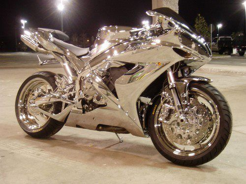 Wow, pretty neat looking, though I am not a big chrome fan for my own bike.