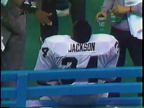 ▶ BO JACKSON 91 YARD RUN VS. SEAHAWKS - NOVEMBER 30, 1987 - YouTube