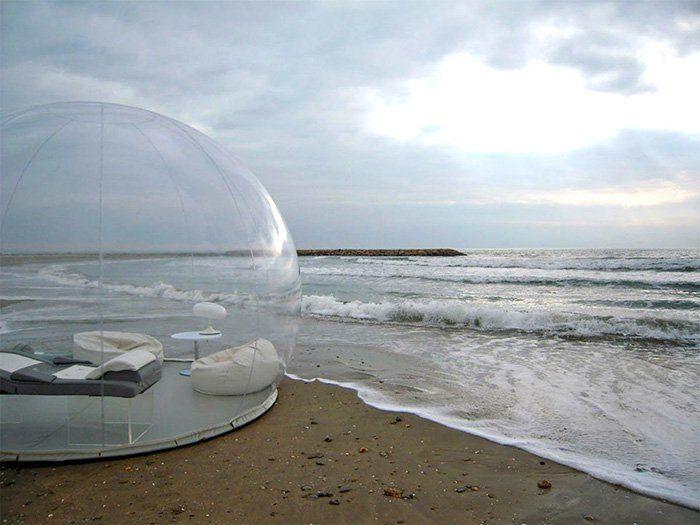 """""""Questa tenda gonfiabile a forma di bolla trasparente è fatta con PVC e materiale della tela incatramata del PVC, che la rende impermeabile e ignifuga. Ha undiametro di 4 metri,dispone dell…"""