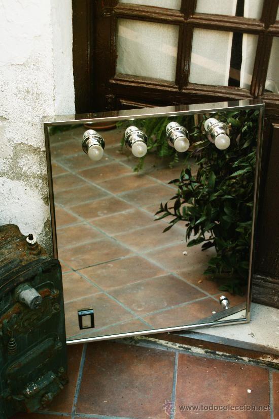 Apliques Baño Vintage:Espejo de baño con apliques de tipo camerino, con interruptor y