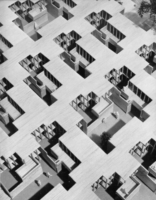 Cambridge Student Project, 1966 (R.A. Lee). Architectural model, maquette, modelo