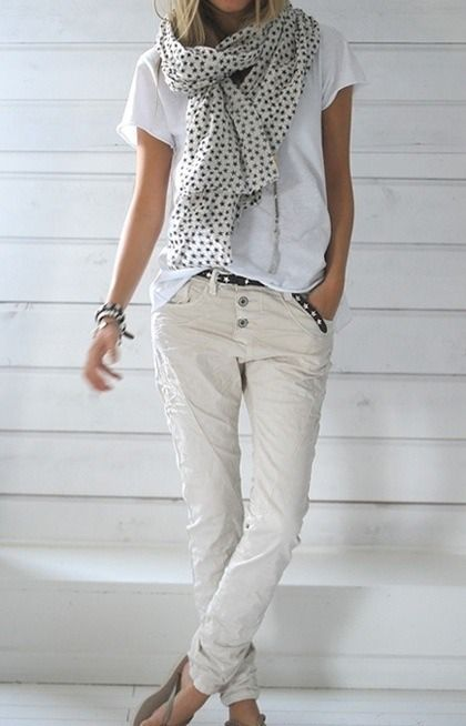 White and cream casual outfit