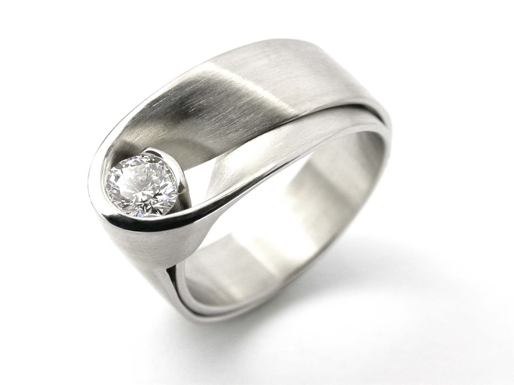 DON 3 ring with 0.35ct diamond   Vincent van Hees
