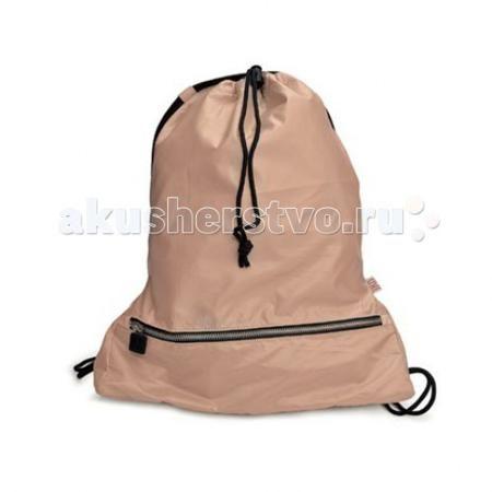 Iris Barcelona Рюкзак+термоланчбокс (два-в-одном) Daily Bag  — 1290р.   Daily Bag - это одновременно и рюкзак и термоланчбокс, куда вы можете положить еду и ваши личные вещи.Берите его с собой куда угодно! Вы будете получать удовольствие от использования Daily Bag во время пеших прогулок, по дороге в школу или другое учебное заведение, по пути на занятия спортом, и даже во время пробежек или катания на велосипеде. В коллекции собраны только самые модные цвета и мы приглашаем Вас собрать все…