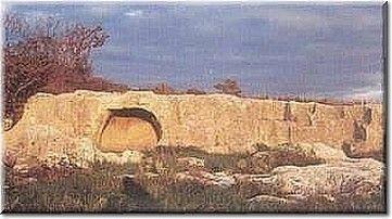 tomba della cava cheremule - Isola di Sardegna