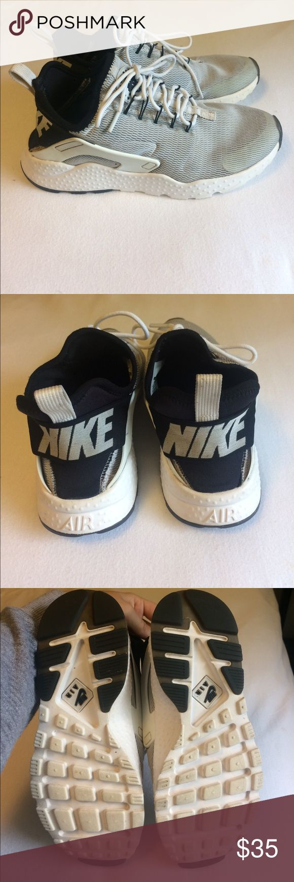 Grey black and white Nike air huarache Size 6.5 women's Nike air Huarache shoes. Have been worn and a little dirty on the toes. Probably could be washed clean. Originally $110. Nike Shoes Athletic Shoes