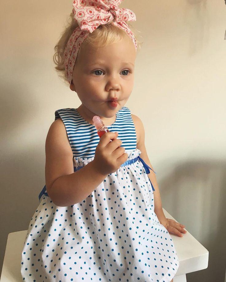 Cute little nailmaprincess is using her sweet Rollette  Lovely regram from @_dimity_ #nailmatic #nailmatickids #rollette #lipgloss #natural #fruits #nocolor #kerneloil #safeforkids #madeinfrance #notoxic #kids #littleprincess