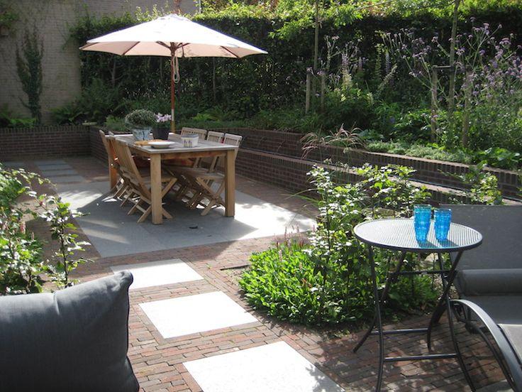17 beste afbeeldingen over tuin op pinterest tuinen planters en decks - Eigentijds pergola design ...
