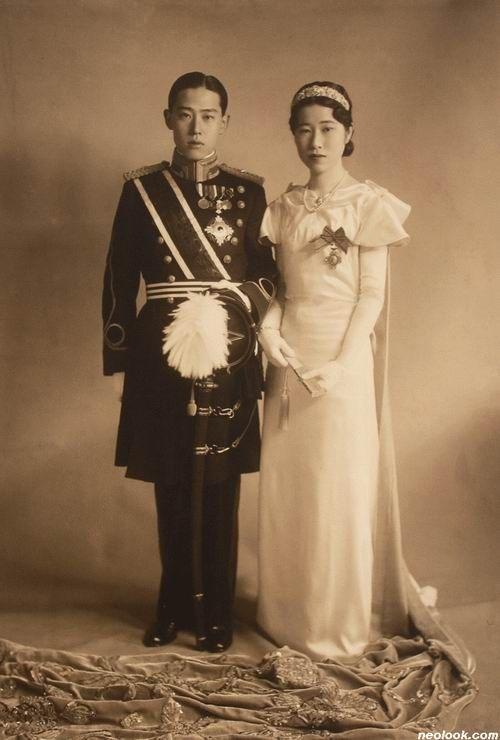 미상_이우 결혼기념_젤라틴 실버 프린트_20×13.7cm_1930년대