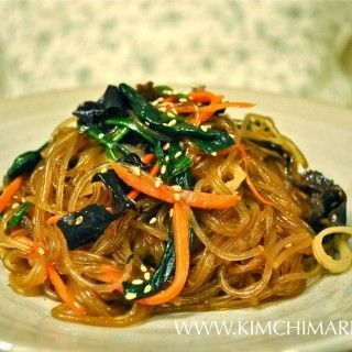 I have to try making this it tastes so good at restaurants. I'll just use fried tofu instead of beef. Japchae/Chapchae (잡채 Korean Glass Noodles)