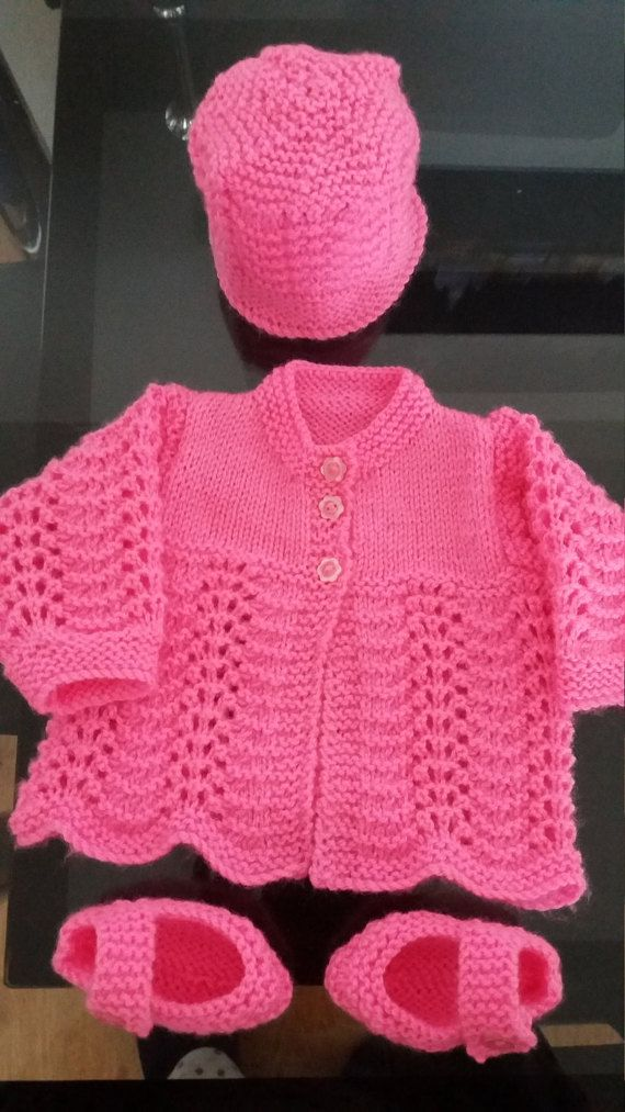 baby girl cardigan hat and mary jane shoes by Pollysbabyknits