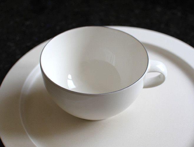 Oxymoron Grey Line Tea Cup by Yumiko iihoshi