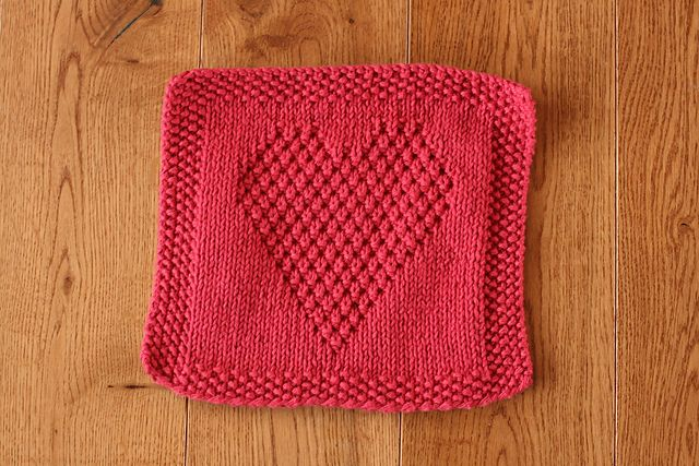Knitted Dishcloth Patterns Wedding : Heart Washcloth by Eileen Casey - free download on Ravelry knitted dishclot...