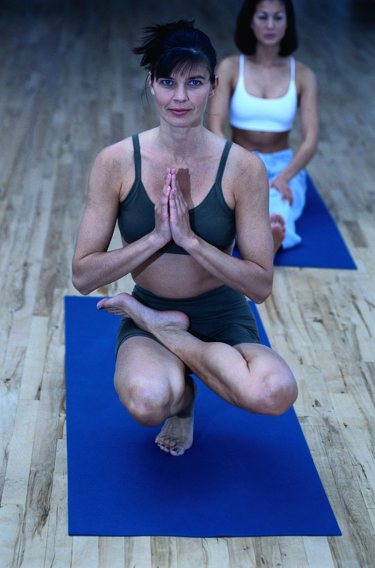 It is not uncommon for many Yoga practitioners to put on a few extra pounds during the winter season. If this is the case for you, practicing a vigorous, flowing series of Yoga postures, that includes a series of core strengthening poses, will help you to maintain a healthy weight and a strong core. #corestrengtheners #winteryoga #weightloss http://yoga-teacher-training.blogspot.com/2015/02/winter-yoga-for-weight-loss-core.html