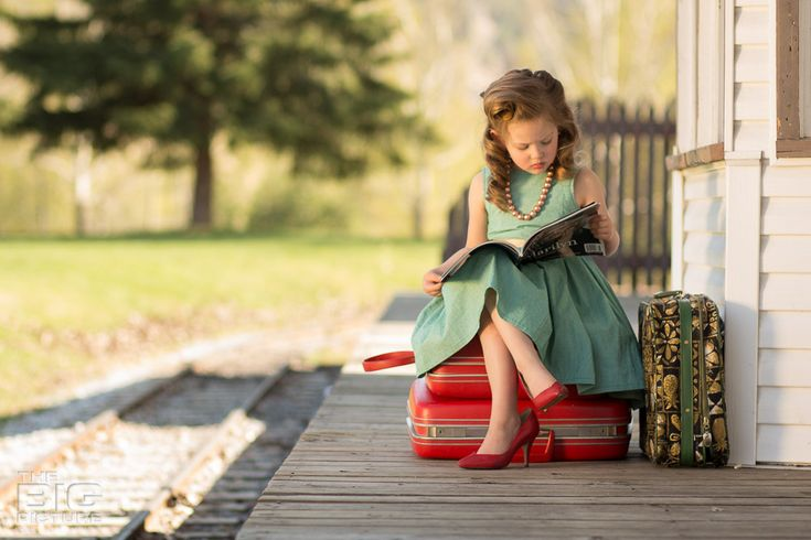 little girl photography, train tracks, train station, children's photography, birthday photos, victory rolls, vintage hair, kids hair, retro kids photos, the BIG Picture, Prince George Photography, learn children's photography, vintage kids, vintage children's photography, learn children's photography